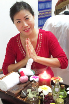 Jolina Sileski - Certified Massage Therapist (CMT) - Boulder, North Glen and Denver - Thai Massage, Reflexology, Facial Massage